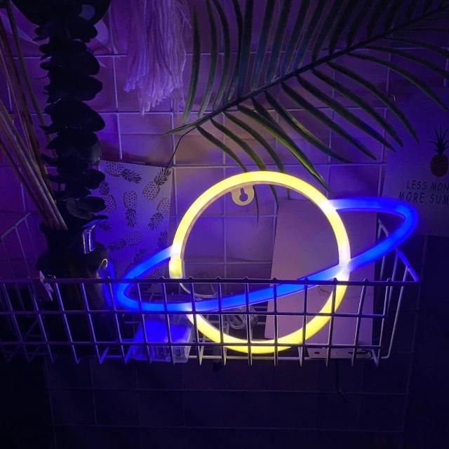 Luminária Abajur Neon Led Planeta Saturno 30 Cm Amarelo E Azul - EVALI