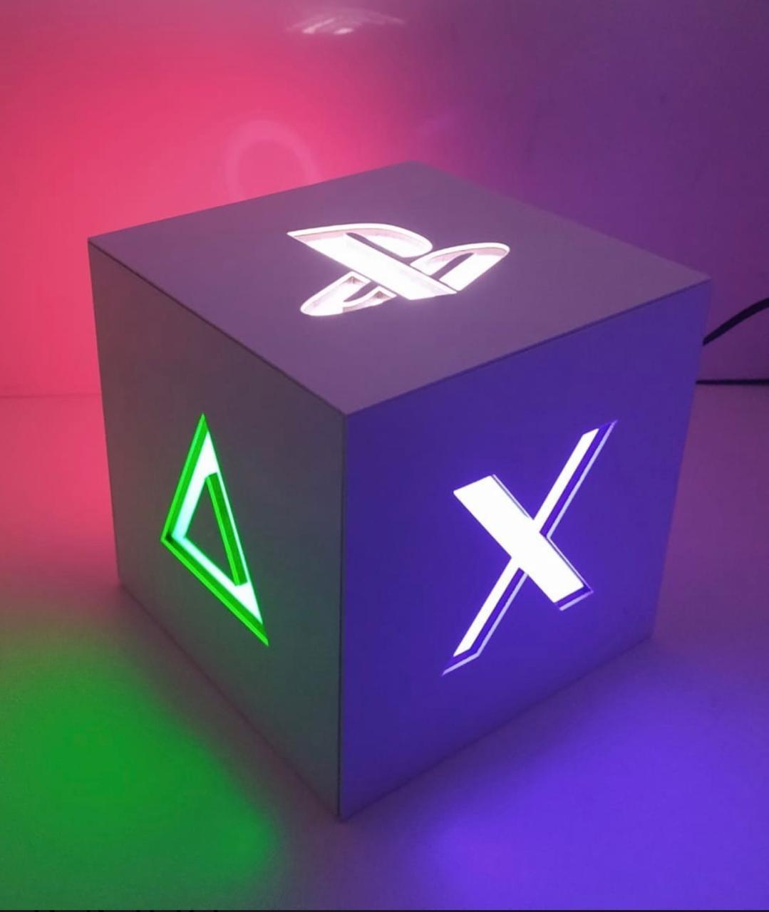 Luminária/Abajur Cubo Caixa Playstation Preto: Games (De Mesa) - EV