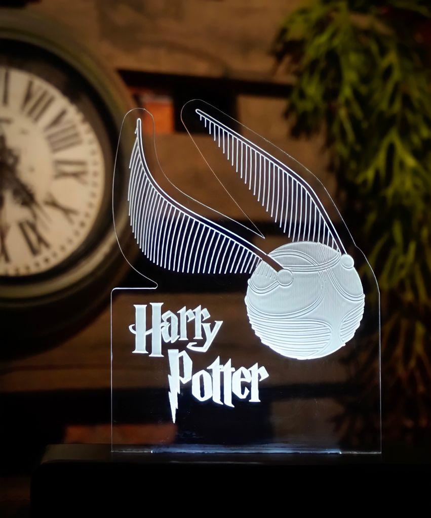 Luminária/Abajur Pomo de Ouro: Harry Potter - EV
