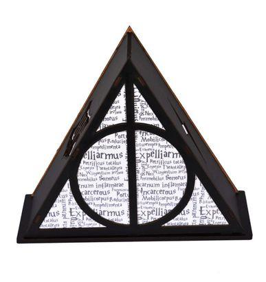 """Luminária/Abajur """"Triângulo Escrito """": Bruxo (Pequeno)"""