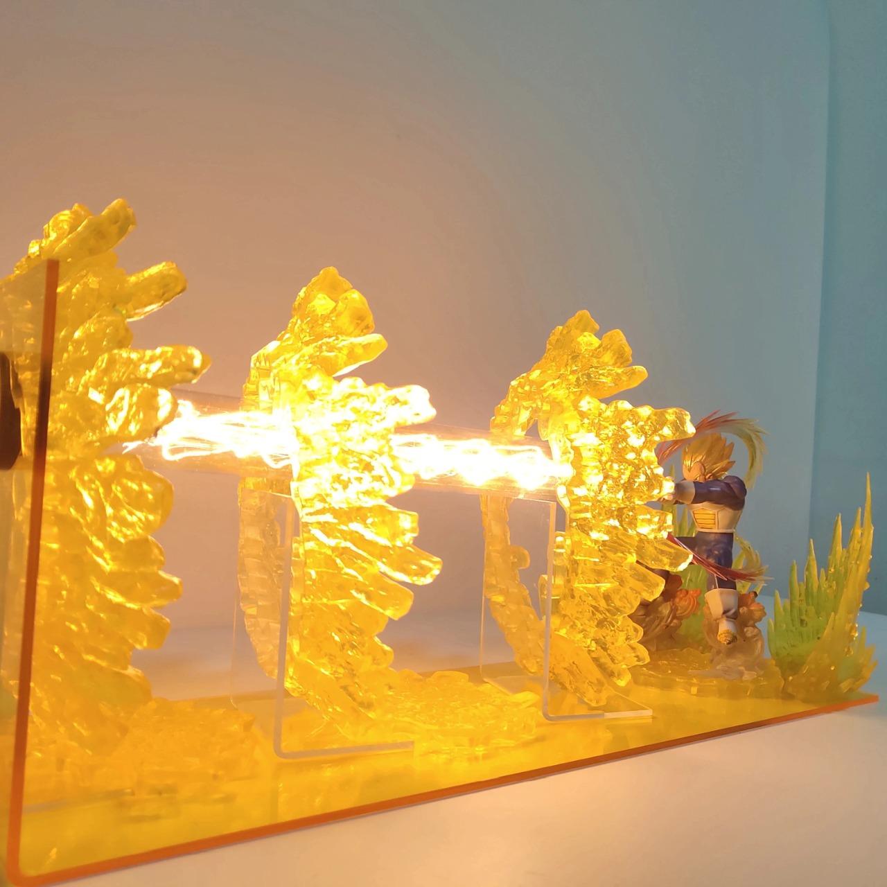 Luminária/Abajur Vegeta: Dragon Ball Z - EVALI