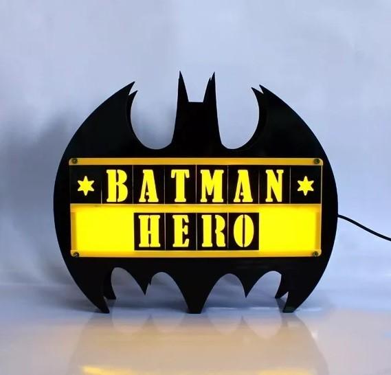 Luminária Batman com Mensagens Personalizadas