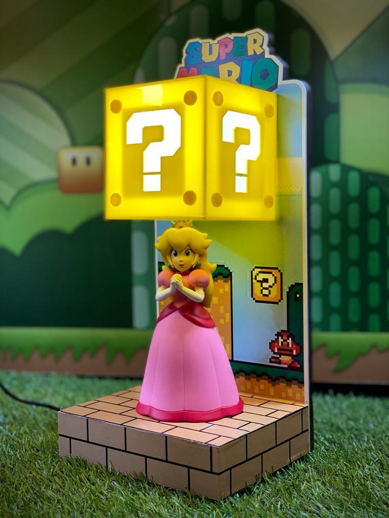 Luminária Cenário Mario Bros: Princesa Peach - EV