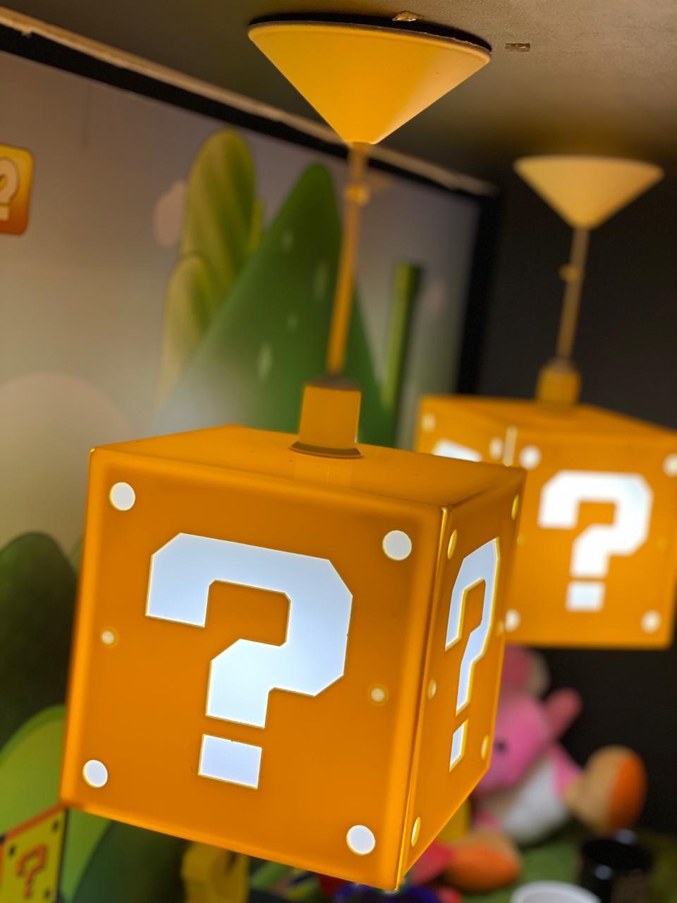 Luminária de Teto Cubo Interrogação: Super Mario Bros - EV