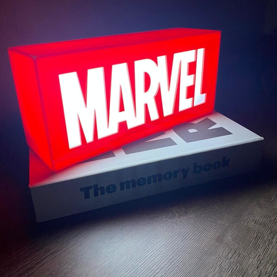 Luminária Logo Marvel (The First Ten Years): Marvel Studios