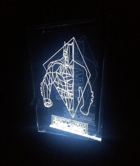 Luminária Quadro Batman Power Armor - FP Design