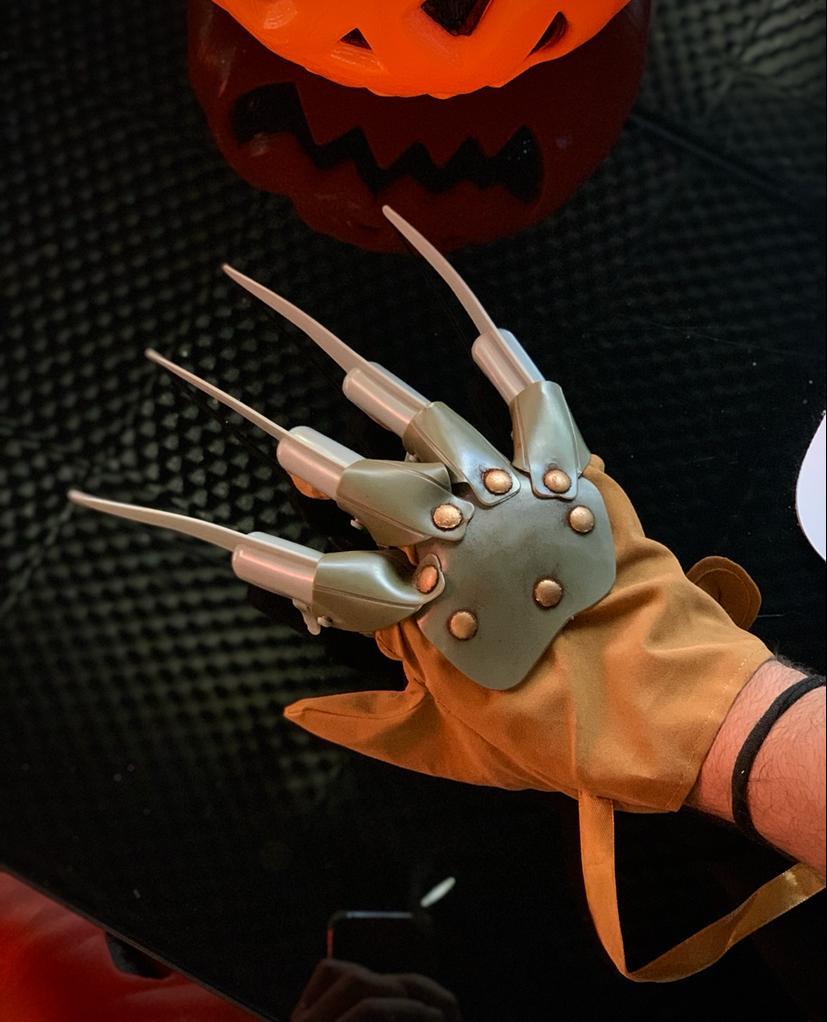 Luva Articulável Freddy Krueger: A Hora do Pesadelo A Nightmare on Elm Street Terror Halloween Dia das Bruxas