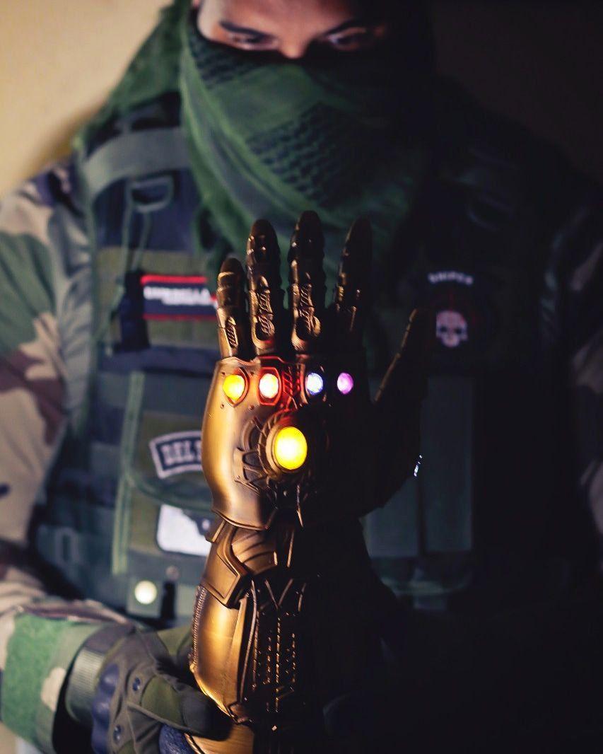 Manopla do Infinito (Infinity Gauntlet): Vingadores Guerra Infinita (Infinity War) (42cm)