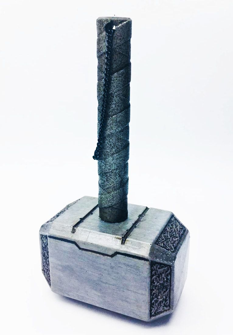 Martelo Decorativo do Thor (Mjölnir): Marvel Comics (Prateado)