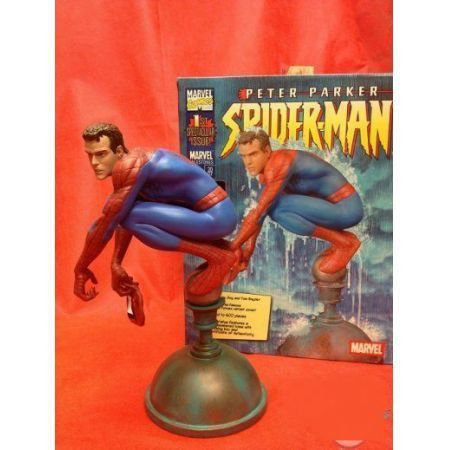 Marvel Milestones Unmasked Peter Parker Spider-Man Flagpole Statue #67