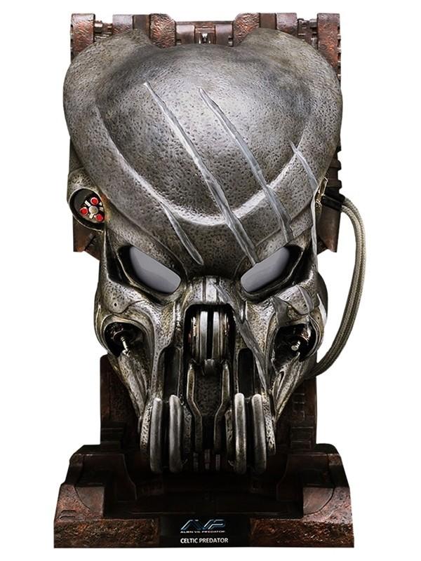 Máscara com Arranhão Predador / Predator: Alien Vs Predador: Celtic Réplica Escala 1/1 - Sideshow