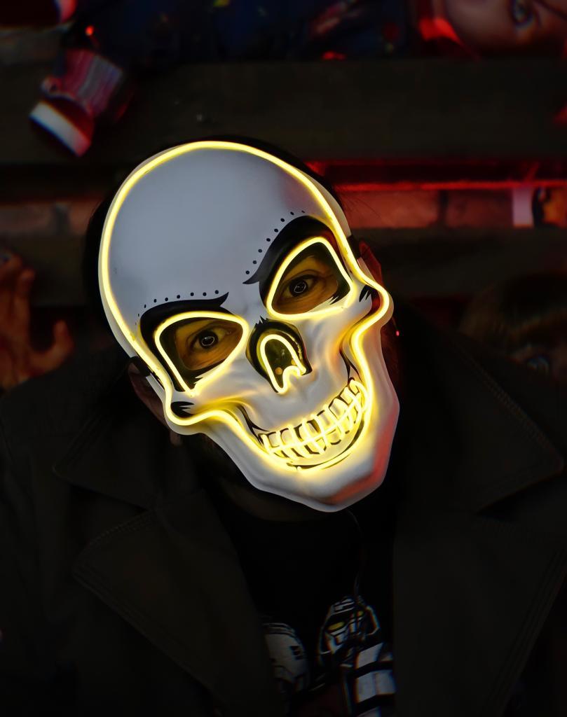 Máscara Com LED Crânio Caveira Skull Amarela: Uma Noite de Crime The Purge Terror Halloween Dia das Bruxas