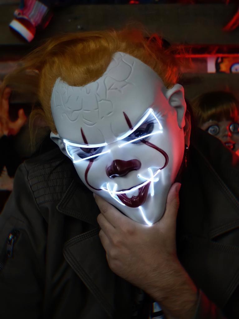 Máscara Com LED Pennywise Palhaço Branco: IT A Coisa Uma Noite de Crime The Purge Terror Halloween Dia das Bruxas