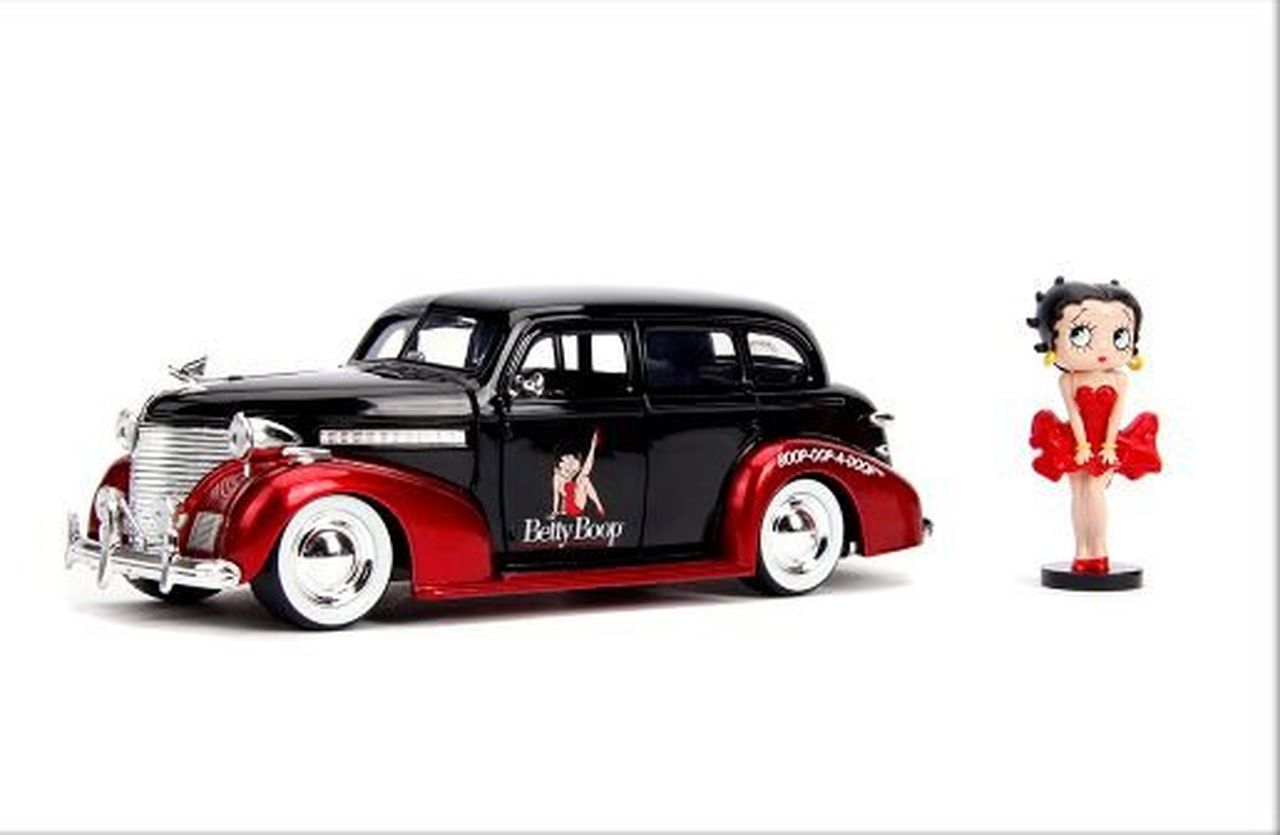 Metal Die Cast 1939 Chevy Master Deluxe e Betty Boop: Betty Boop (Hollywood Rides) Escala 1/24 - Jada Toys