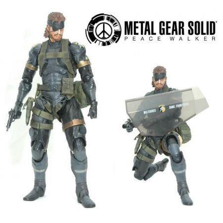 Metal Gear Snake (Sneaking Suit Version) - Play Arts