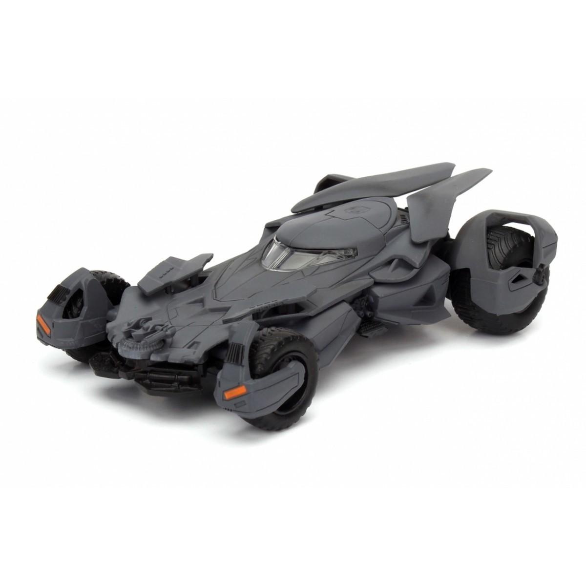 Metals Die Cast Batmobile Batman v Superman: Batman vs Superman: A Origem da Justiça Escala 1/32 - DTC
