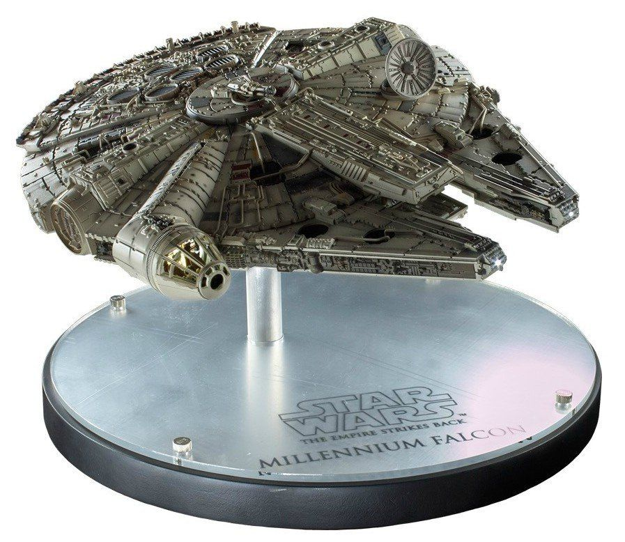 Millenium Falcon Réplica: Star Wars Escala 1/100 - EFX - CD
