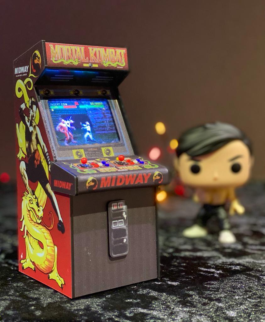 Mini Arcade Bartop Fliperama Decorativo: Mortal Kombat