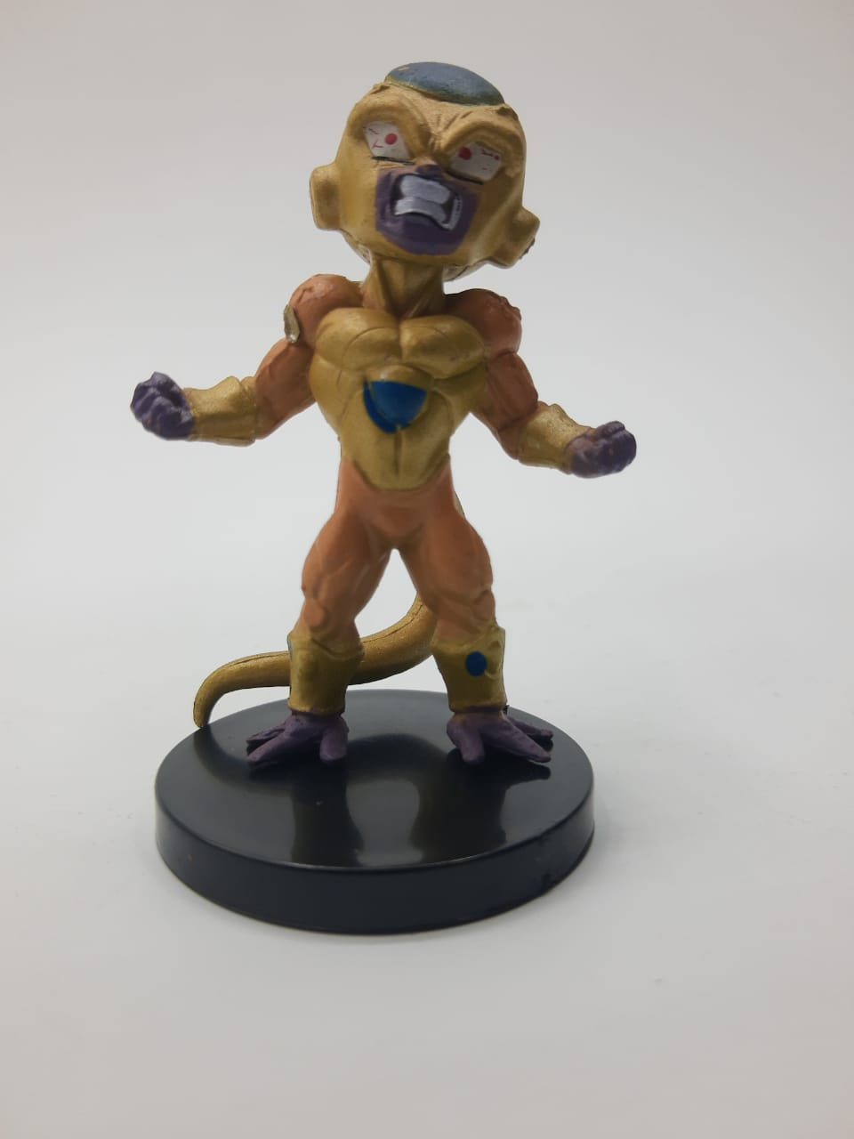 Mini Estátua Gold Freeza: Dragon Ball Super
