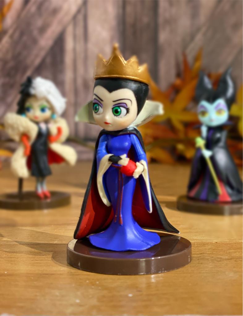 Mini Estátua Rainha Má: Vilãs Disney