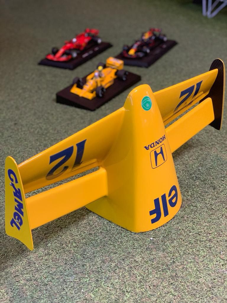 Miniatura Bico Fórmula 1 (F1): Lotus 1987 (Ayrton Senna)  - CG