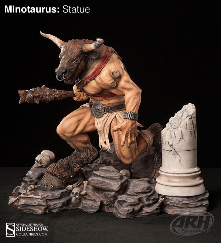 Minotaurus Statue - ARH Studios ( Estatua do Minotauro )