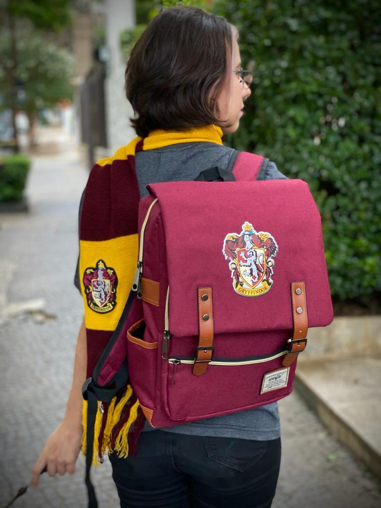 Mochila Hogwarts Casa Grifinória: Harry Potter (Vermelho) - EV
