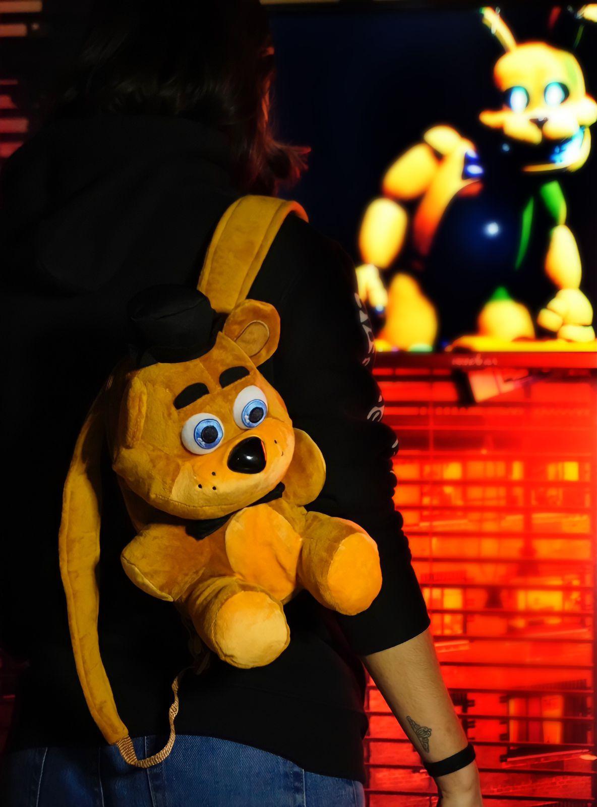 Mochila Pelúcia Freddy: Five Nights at Freddy?s