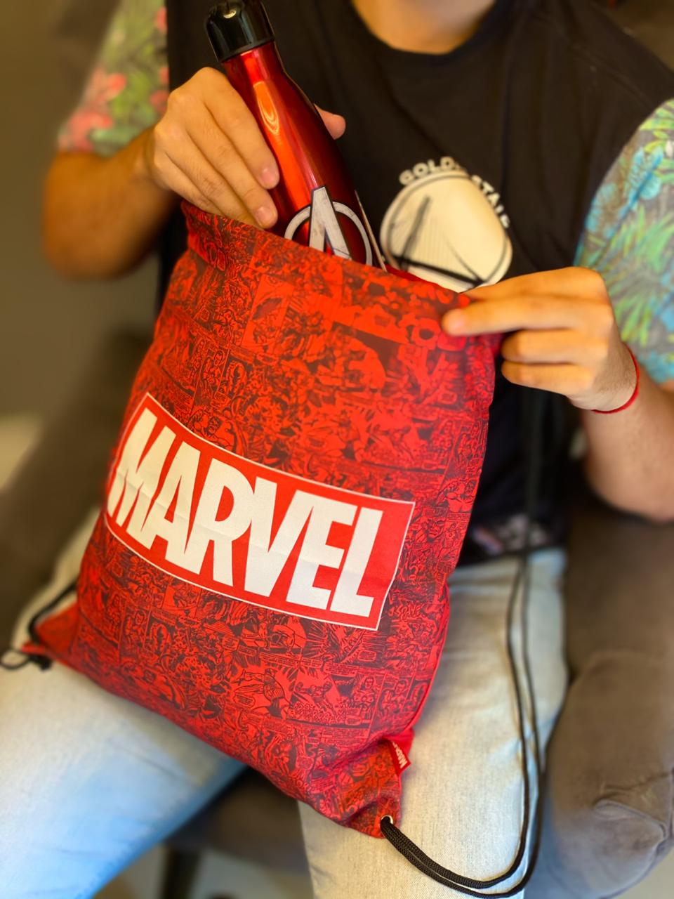 Mochila Sacola: Logo Marvel Comics - Zona Criativa