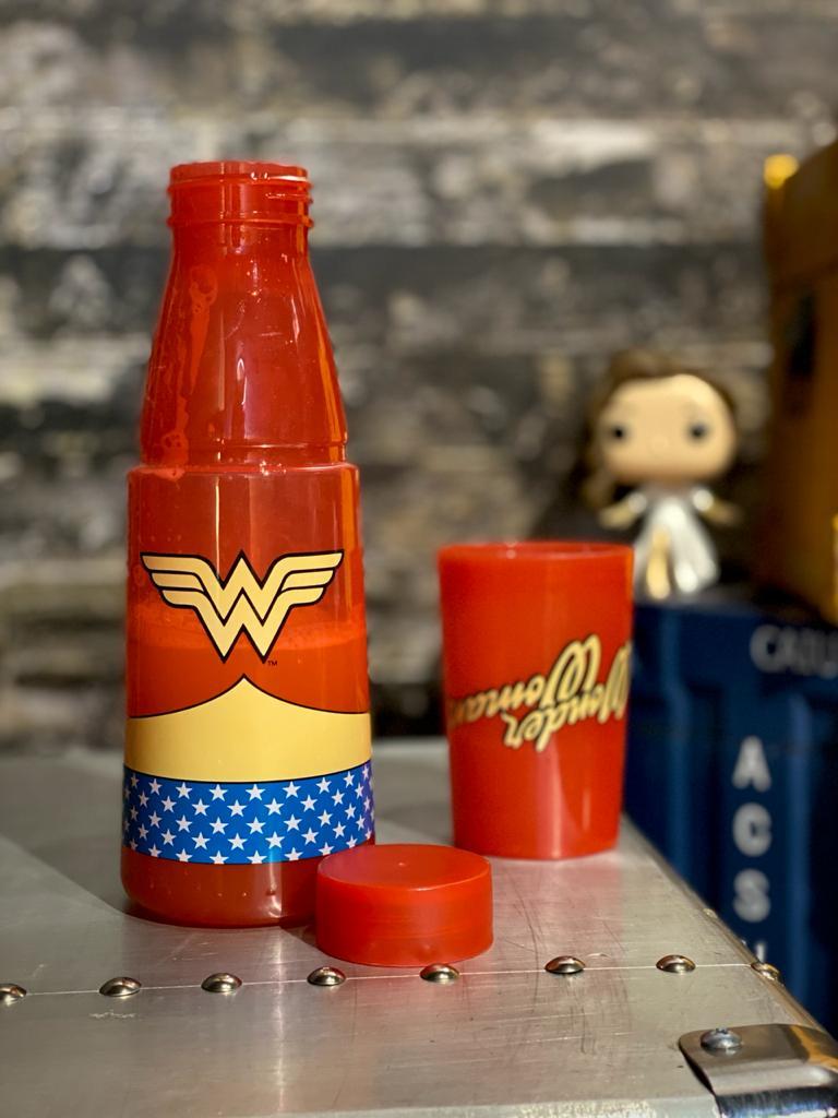 Moringa com Copo Mulher Maravilha (Wonder Woman) (500ml) - Urban