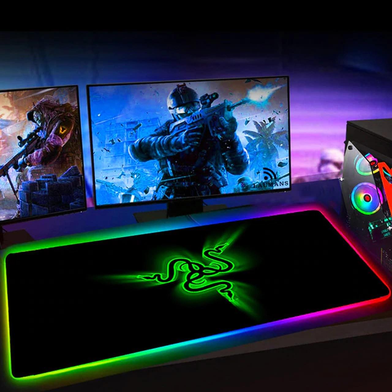 Mousepad Gamer Backlit Grande Chroma: LED RGB Logo Razer Verde - Razer Red Dragon Hyper X - MKP