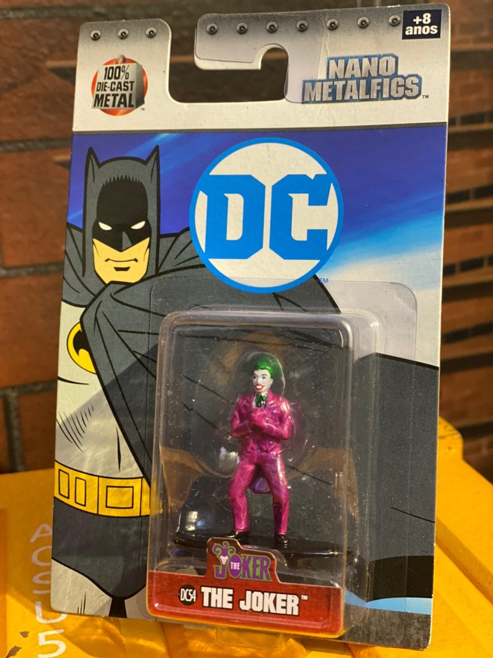 Nano Metalfigs Coringa (Joker): DC Comics (DC54) - DTC
