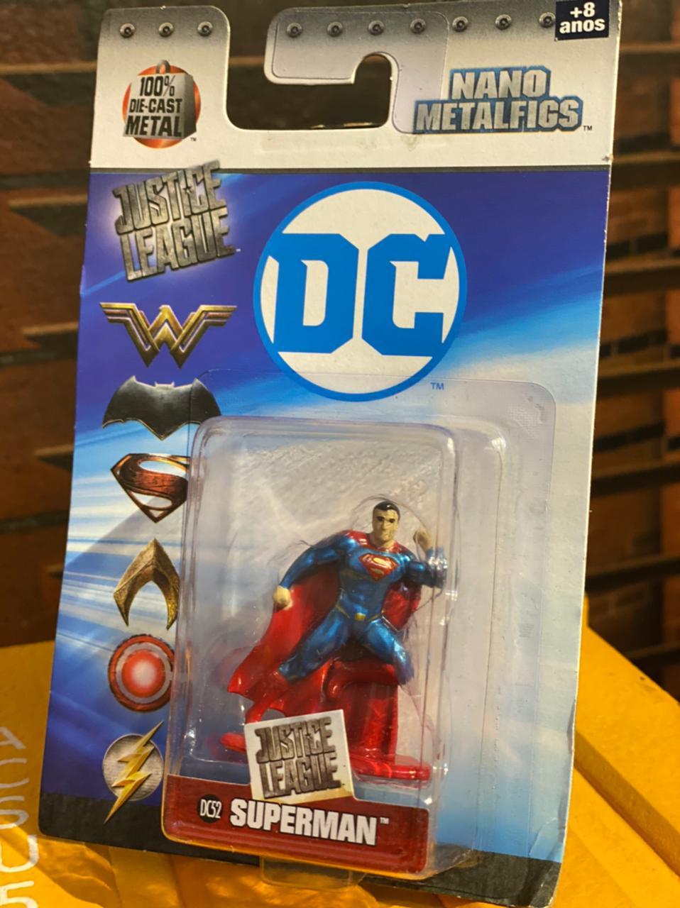 Nano Metalfigs Super-Homem (Superman): DC Comics (DC52) - DTC