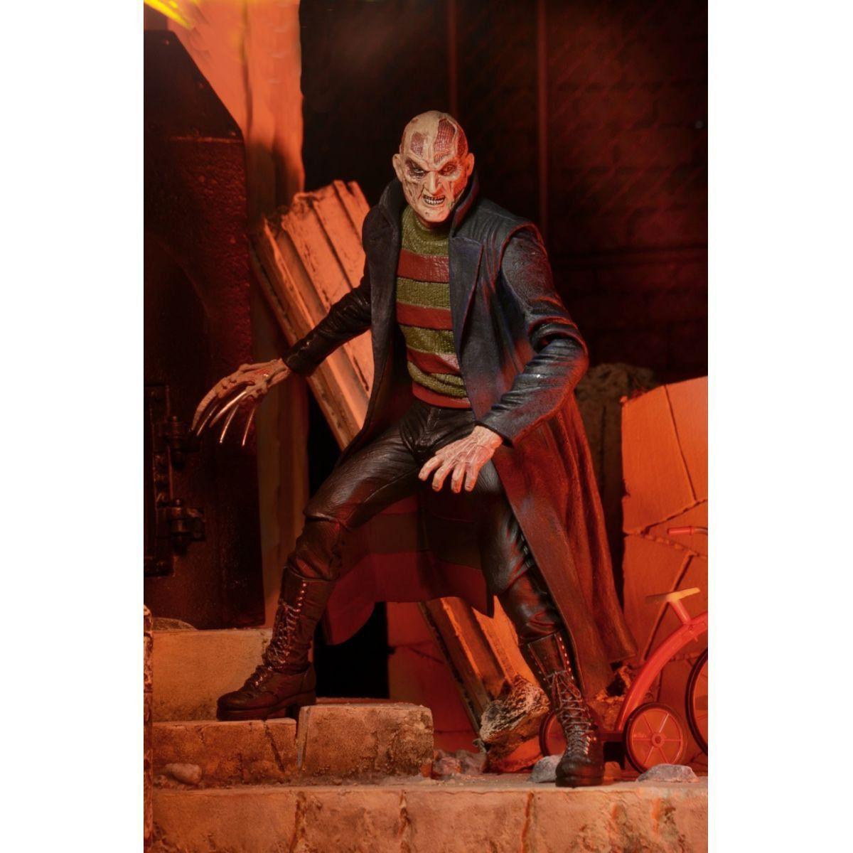 New Nightmare Freddy Krueger Escala 1/10 - Neca