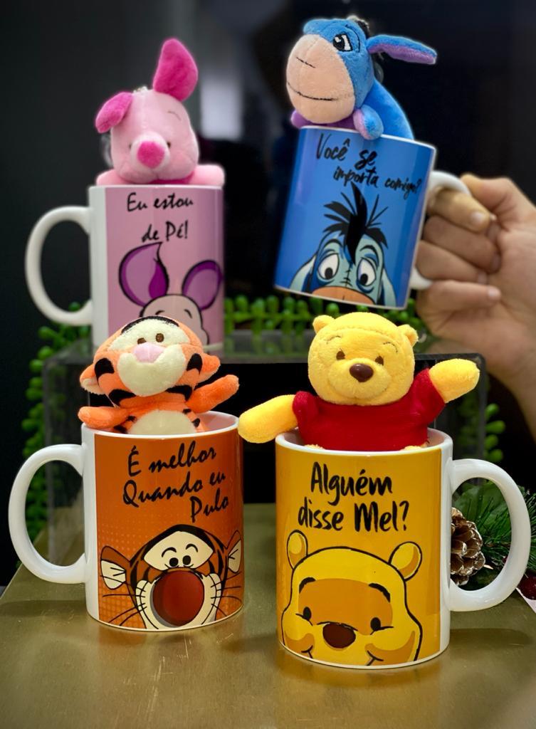 Pack Com 4 Canecas Com Pelúcia Pooh, Tigrão, Leitão e Ió: O Ursinho Pooh