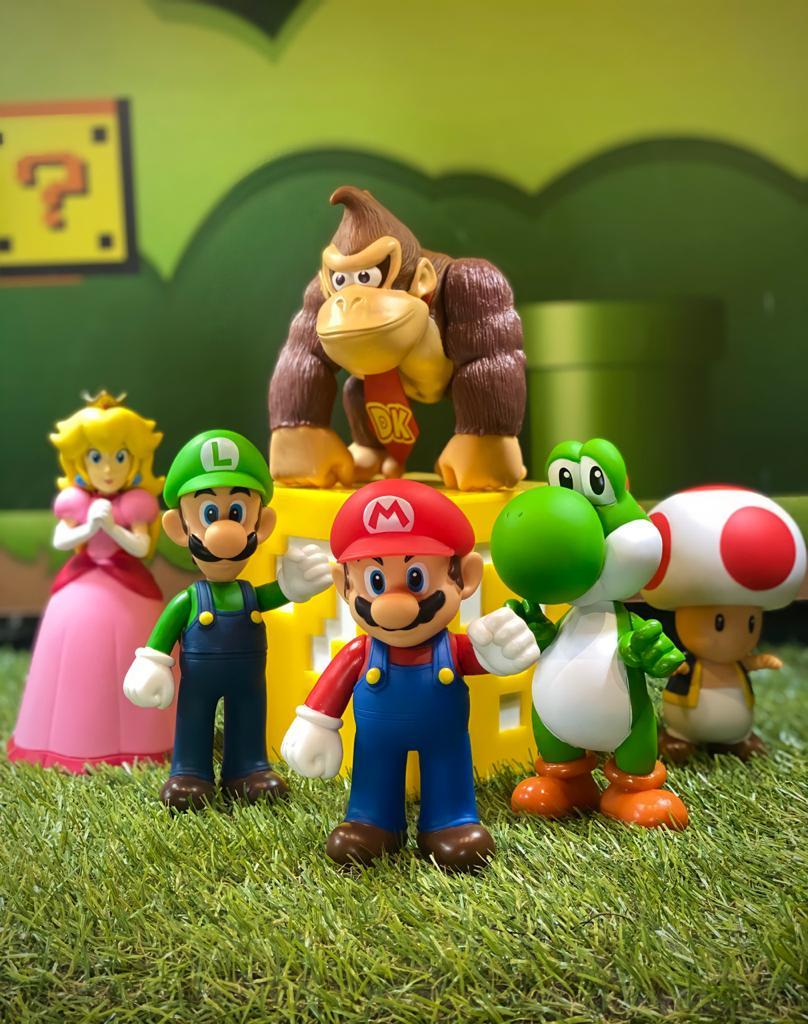 Pack com 6 Bonecos: (Mario, Luigi, Toad, Yoshi, Dk e Peach): Super Mario Bros