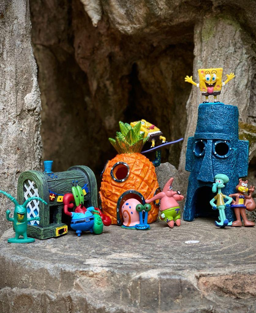 Paisagem Decorativa de Aquário Bob Esponja 11 peças -EVALI