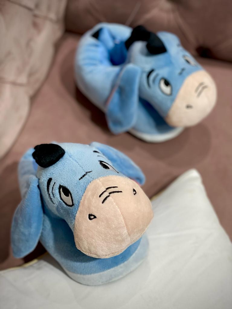 Pantufa 3D Bisonho (Eeyore): Ursinho Pooh (Winnie-the-Pooh) - Zona Criativa