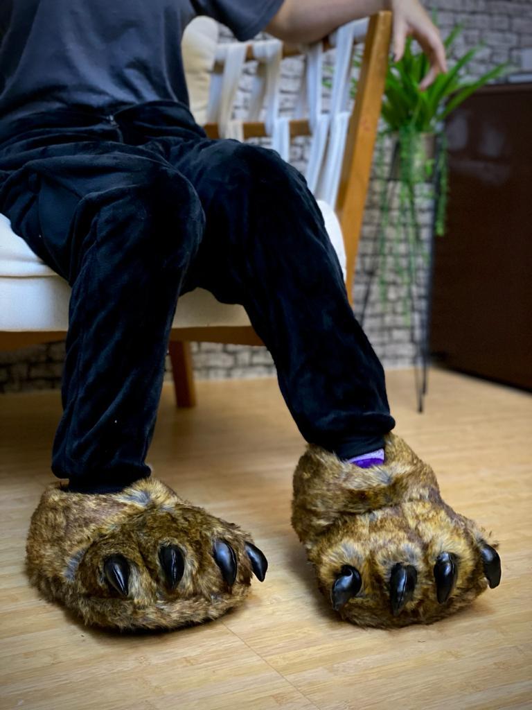 Pantufa 3D Pata de Urso