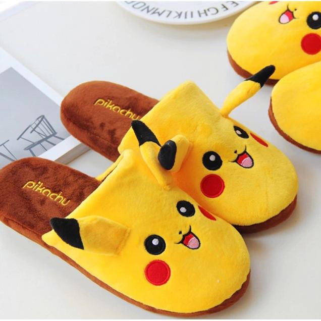 Pantufa/Chinelo Unissex Pikachu: Pokémon Anime Mangá - EVALI