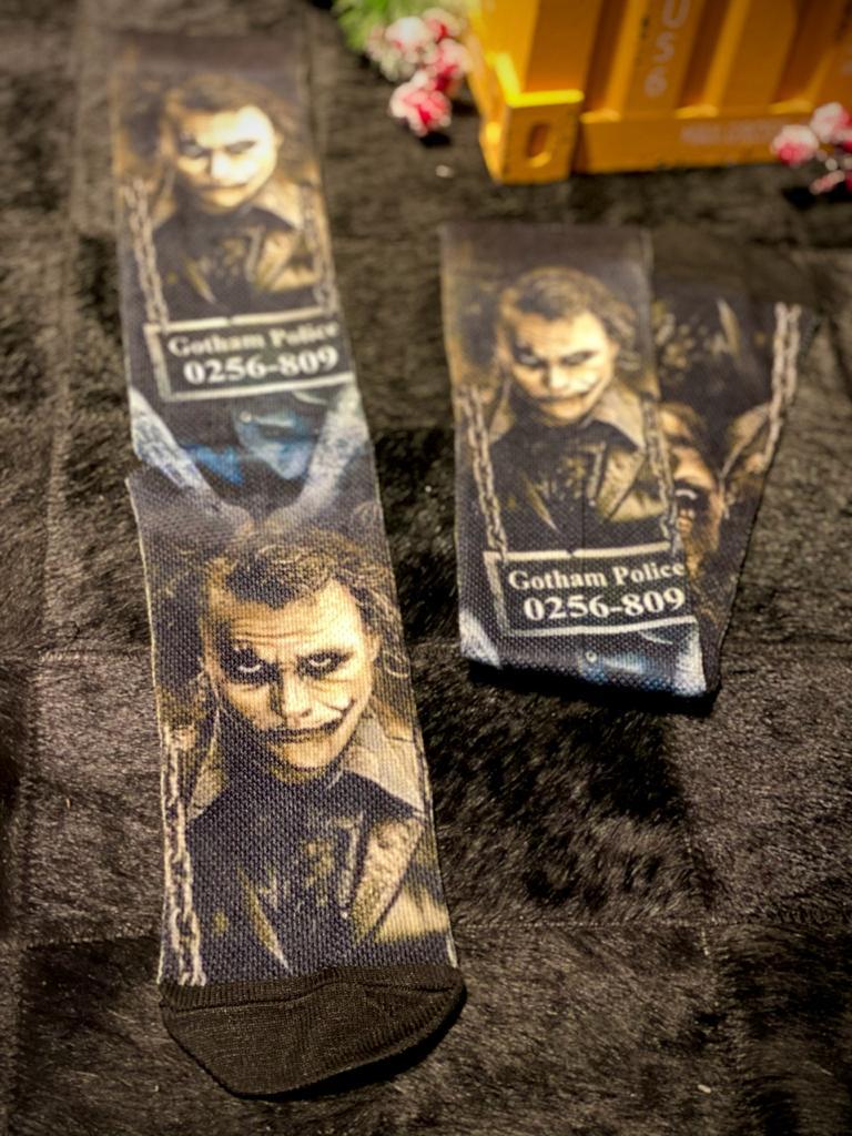 Par de Meias Geek Coringa (Heath Ledger): Batman Cavaleiro Das Trevas