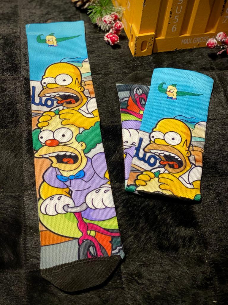 """Par de Meias Geek """"Homer e Krusty"""" : Os Simpsons"""