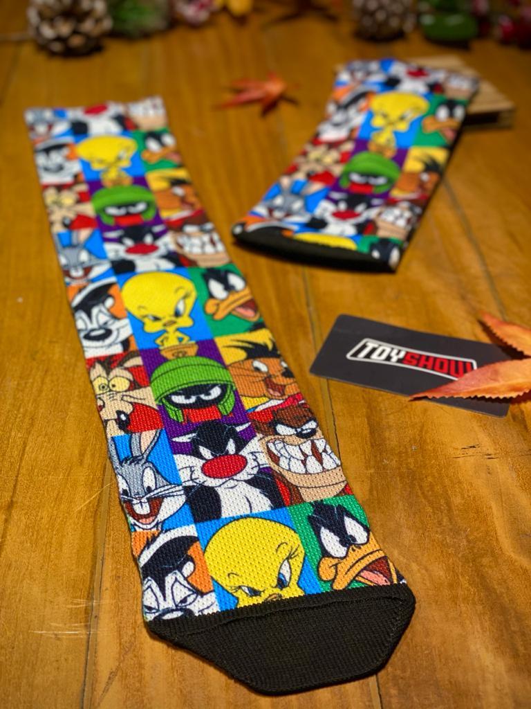 Par de Meias Geek Personagens: Looney Tunes