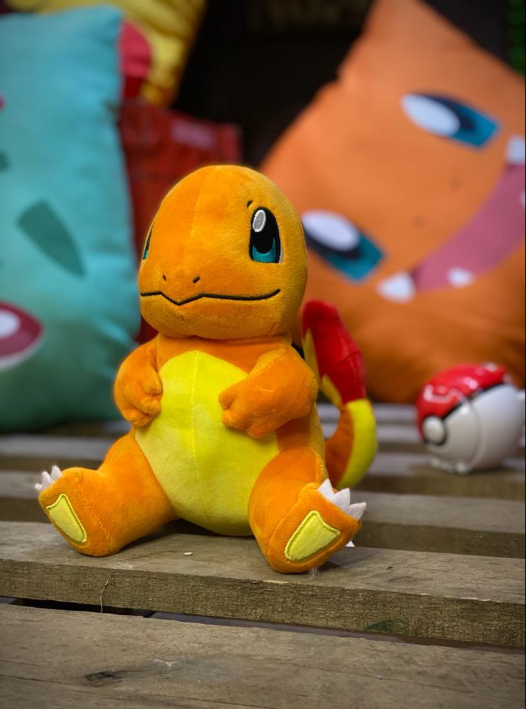 Pelúcia Charmander: Pokémon - Sunny