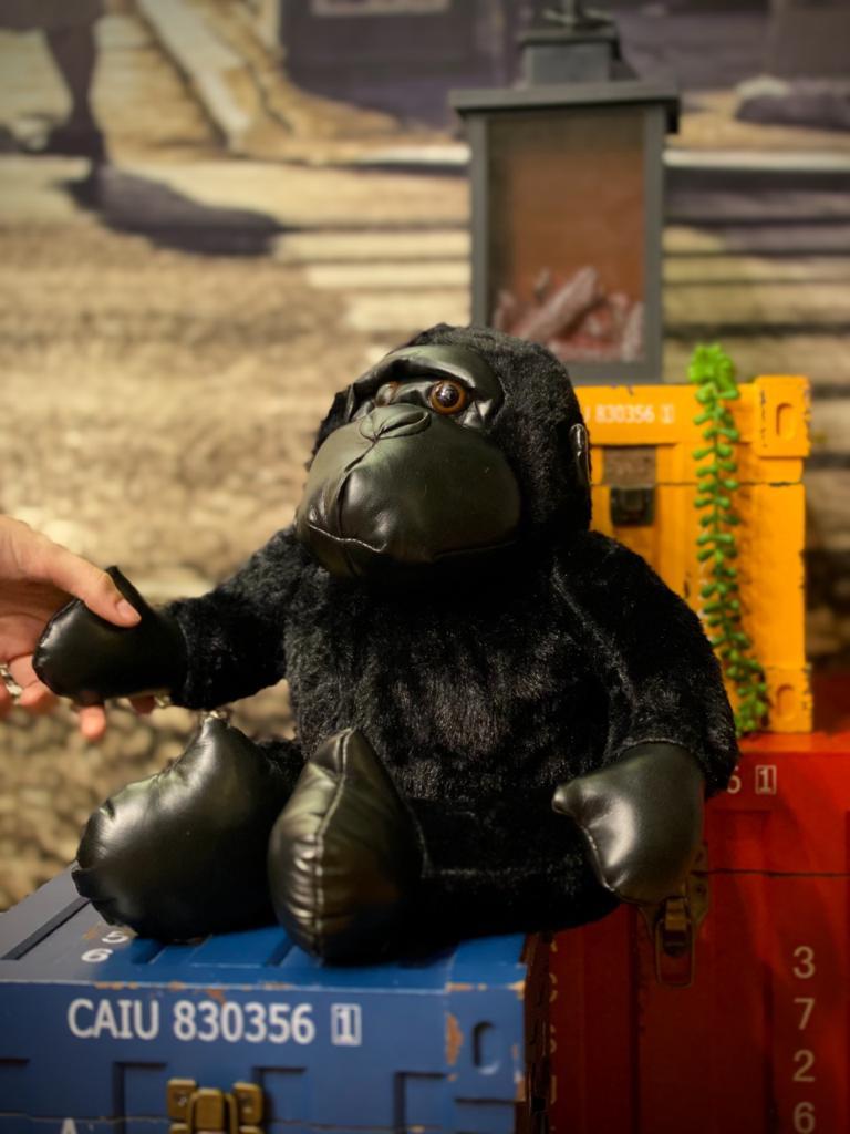Pelúcia Macaco Gorila Pequeno Com Couro (27cm) - (Preto)