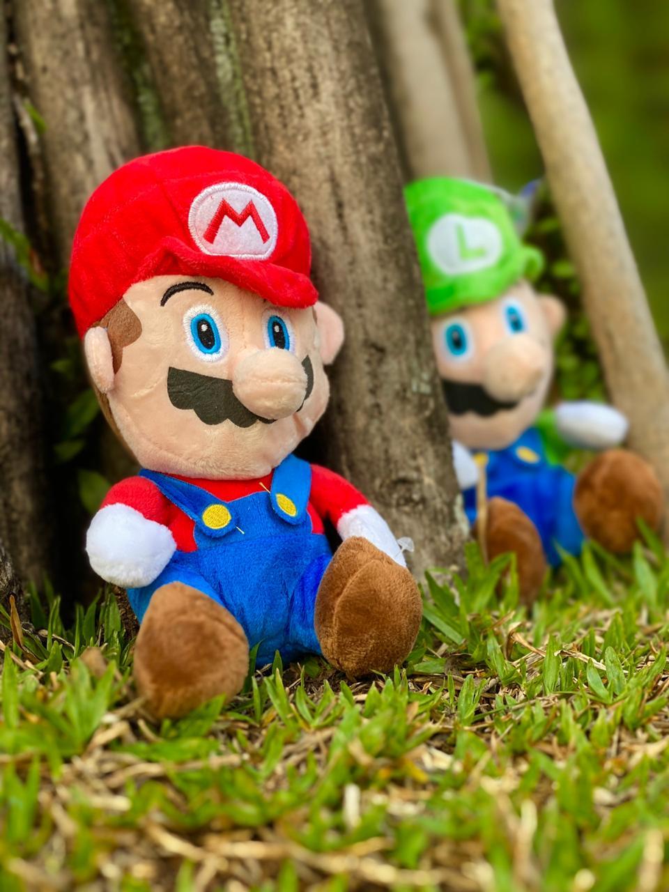 Pelúcia Mario Bros com Som: Super Mario Bros - Pequeno