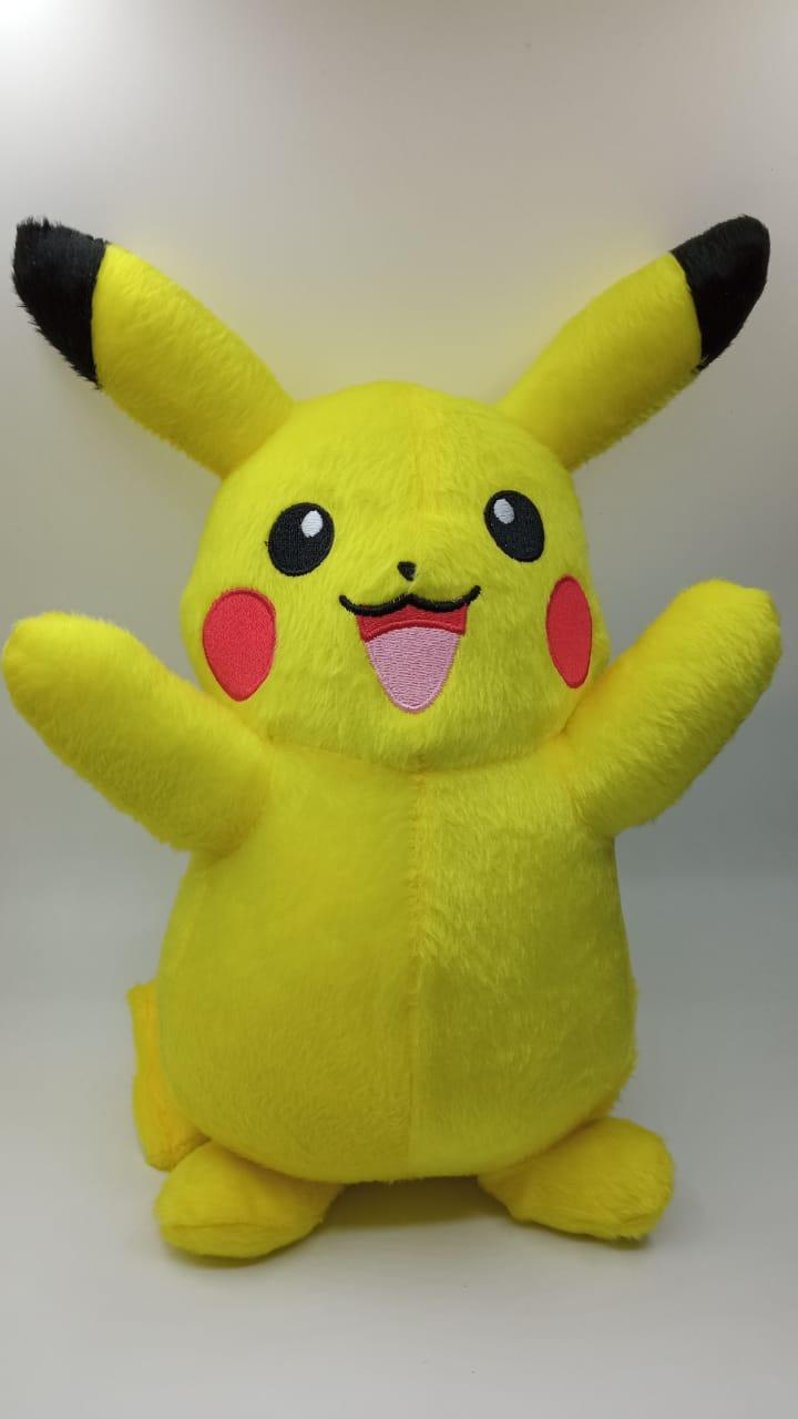 Pelúcia Pikachu: Pokémon (20 cm)