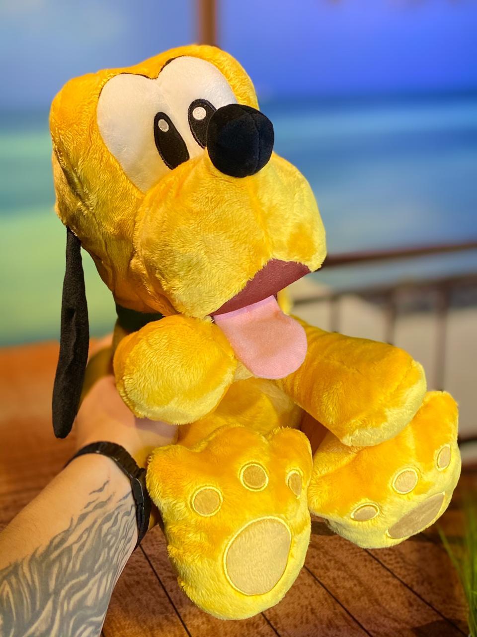 Pelúcia Pluto: Mickey Mouse (Disney) Big Feet - FUN