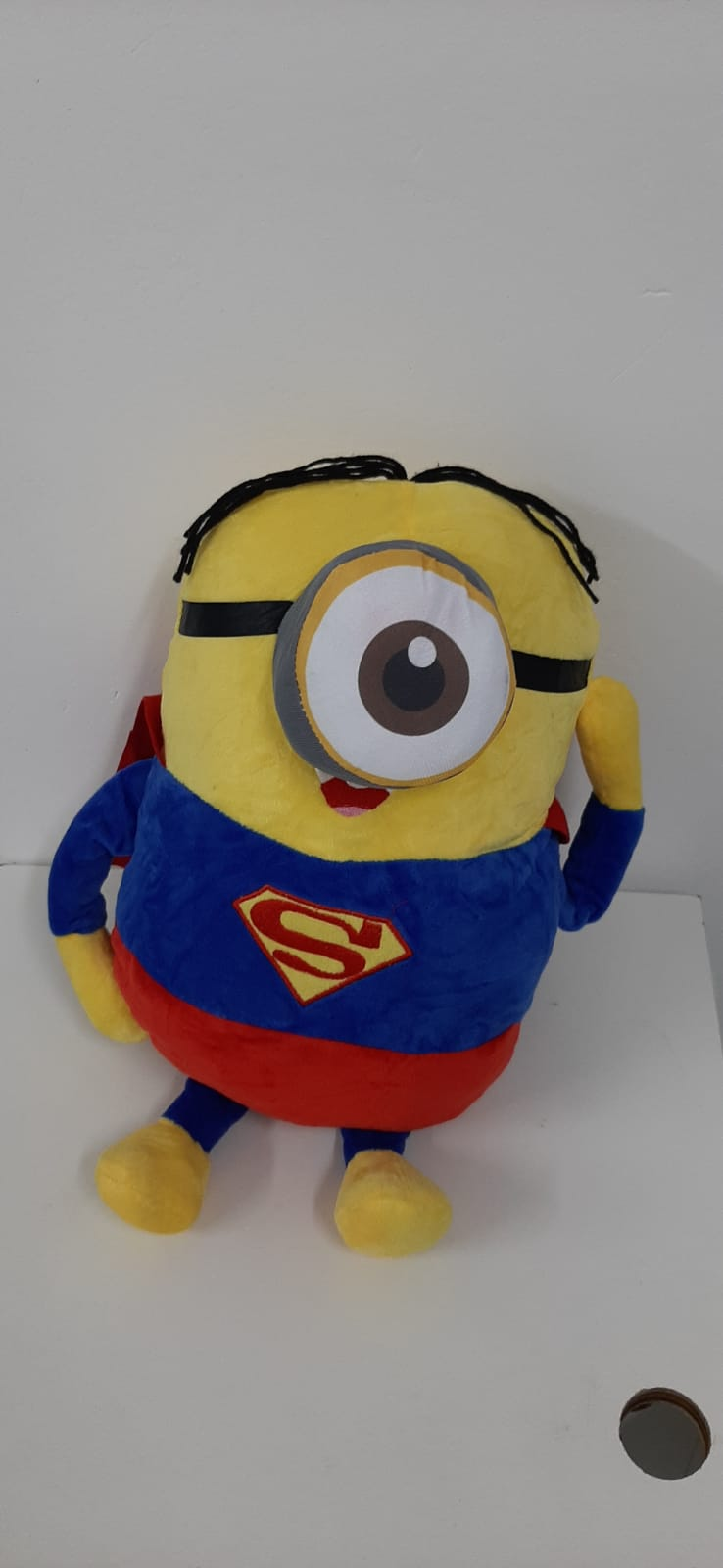 Pelúcia Stuart Super Homem: Minions - Pequena 35cm