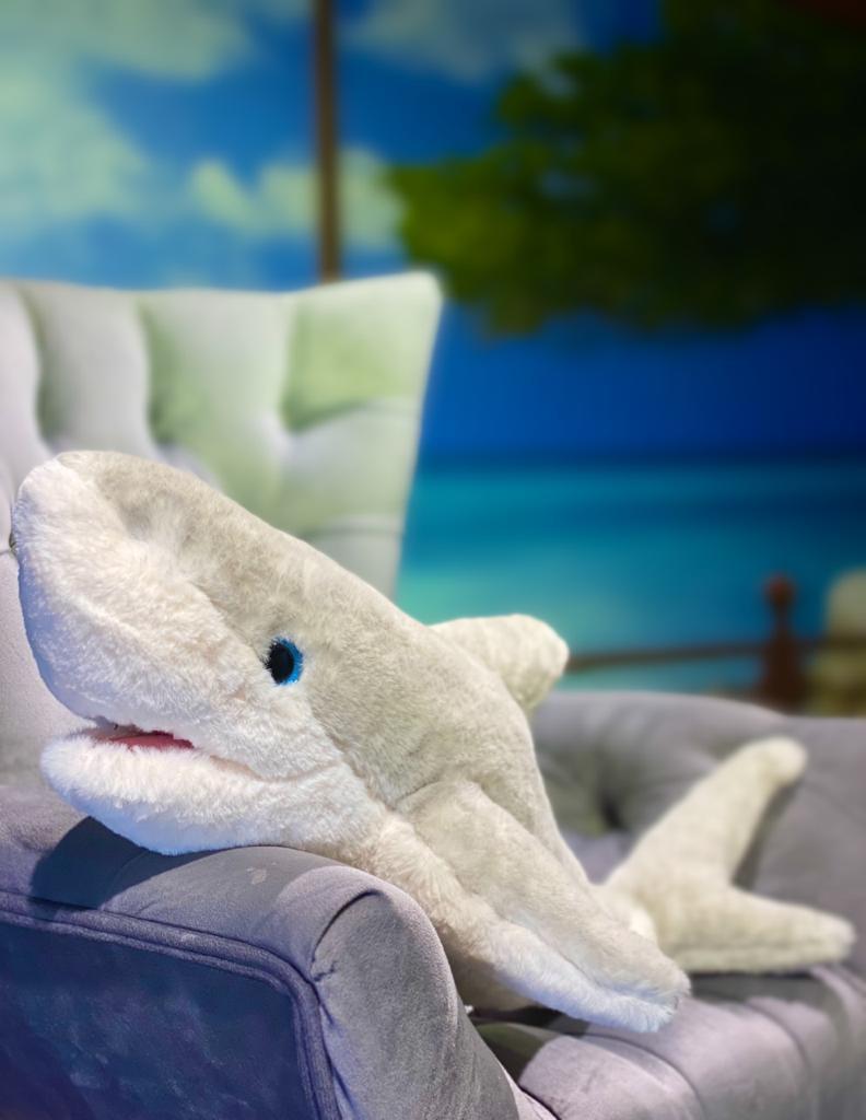 Pelúcia Tubarão Branco (62cm)